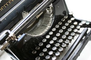 old school typewriter I